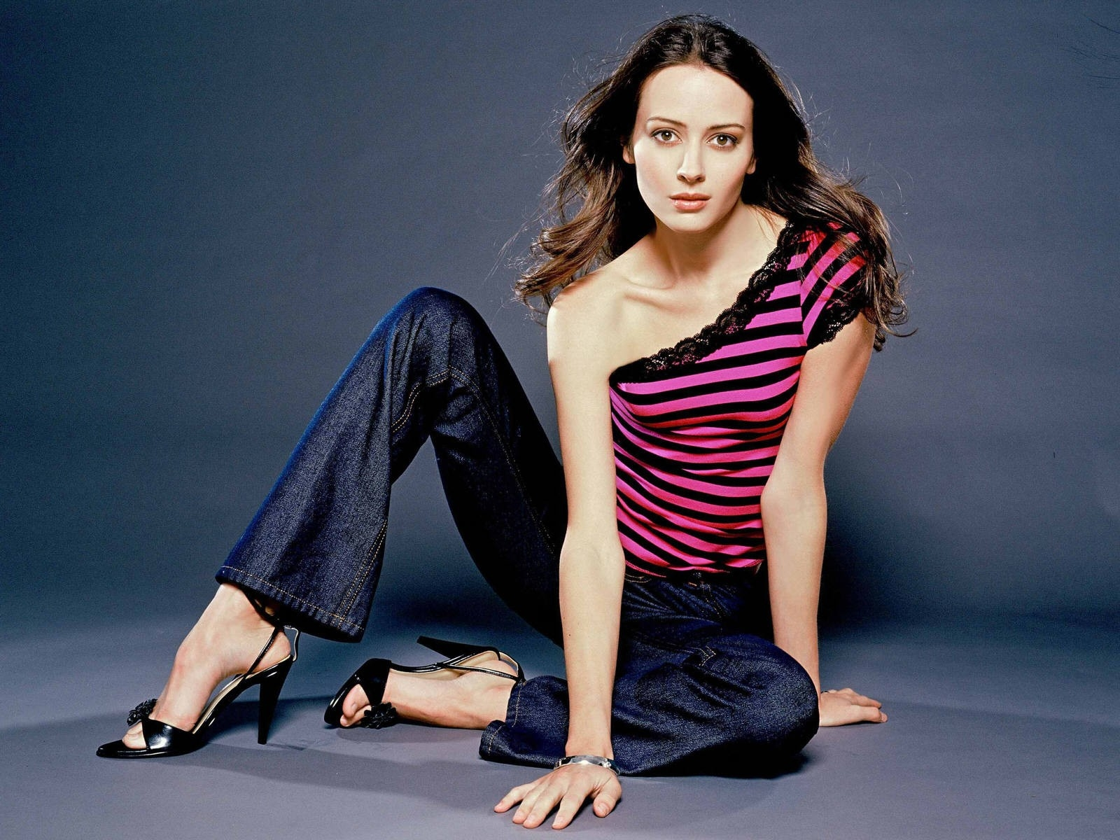 Amy Acker Amy Acker Happy Town Much Ado About Nothing DVDbash