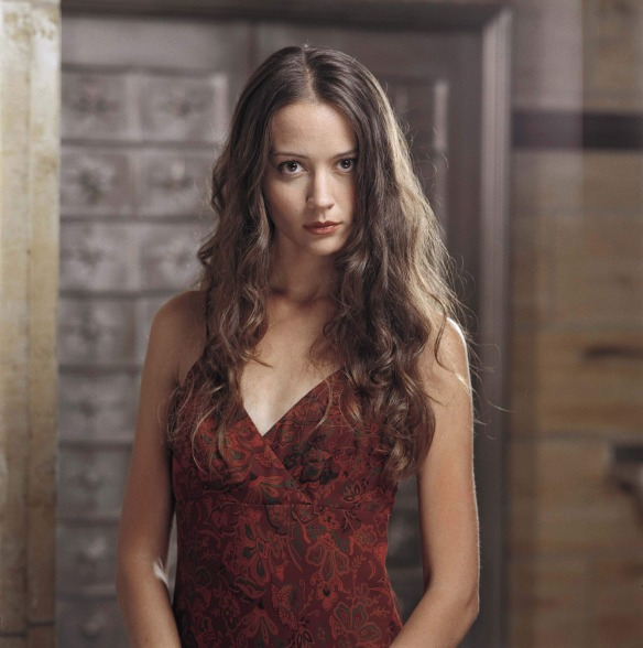 angel-amy-acker-fred-illyria-dvdbash-wordpress5