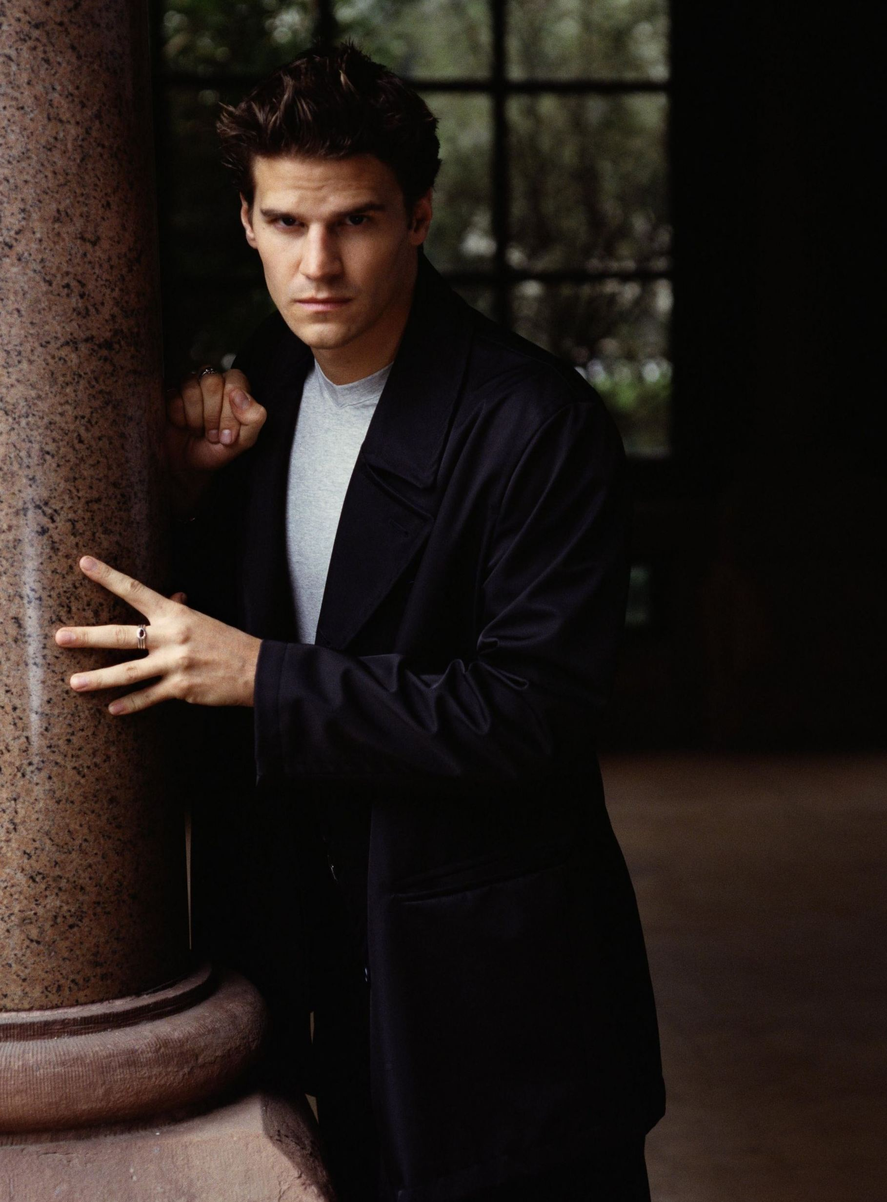 david boreanaz angel season 1 - photo #11