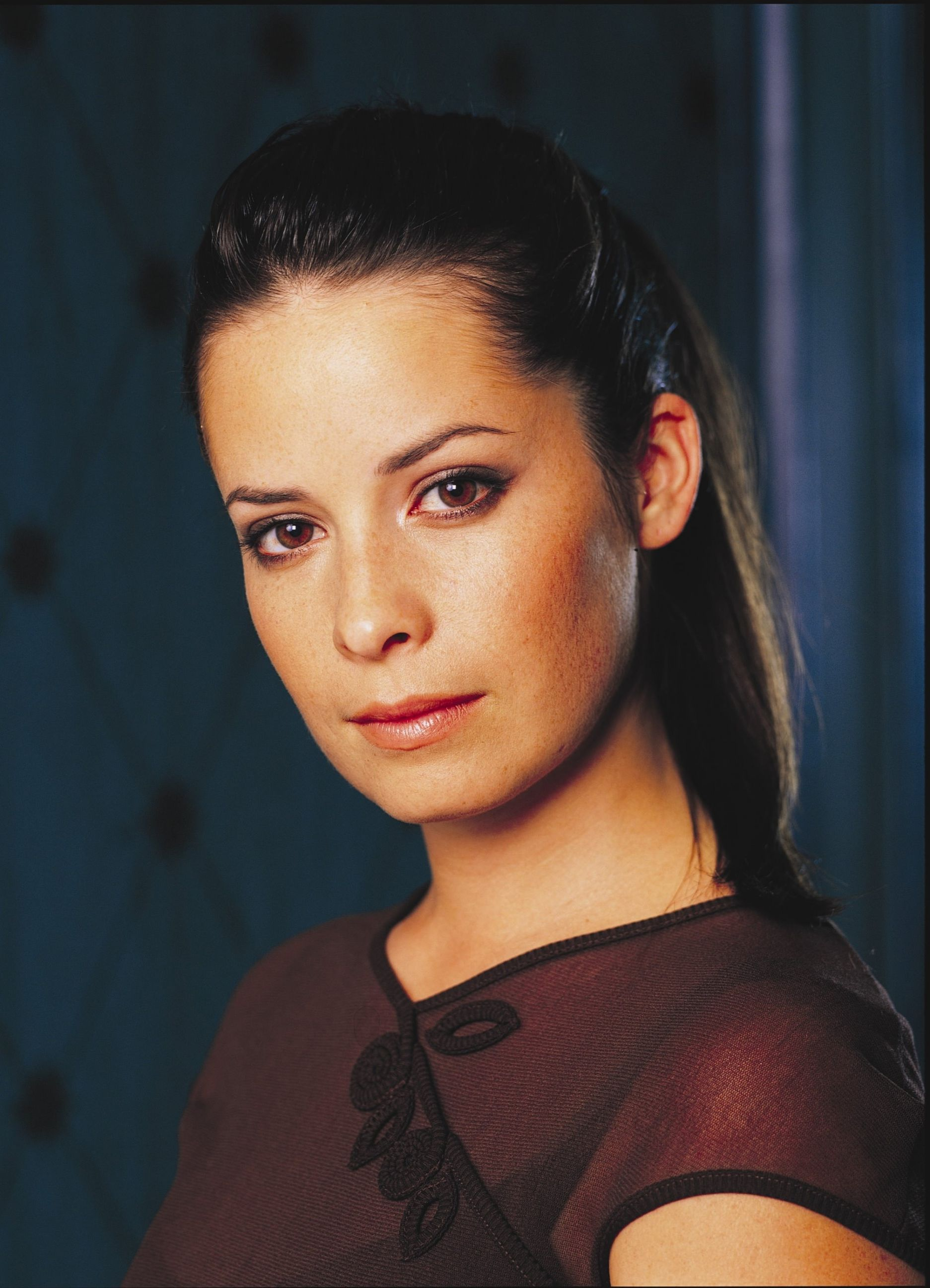 Charmed Holly Marie Combs Piper S2 15 Dvdbash Dvdbash