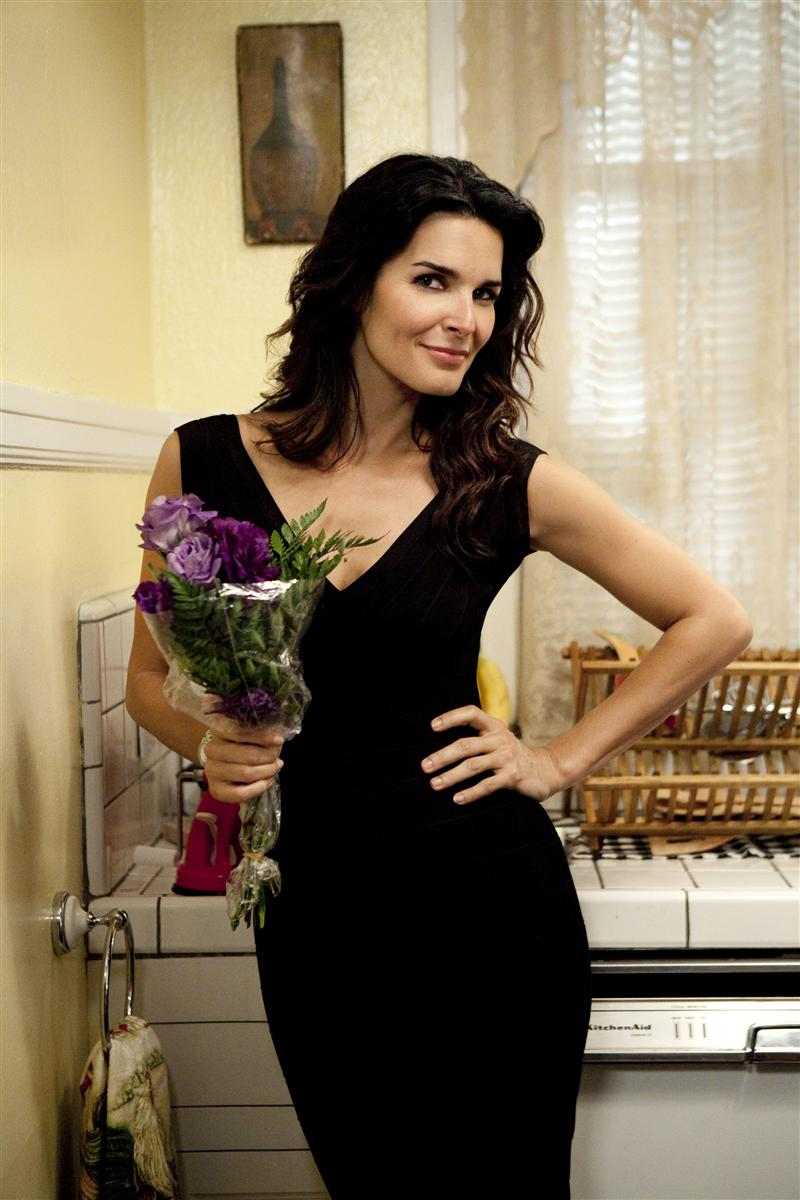 Angie Harmon At More Magazine September 2013: 301 Moved Permanently