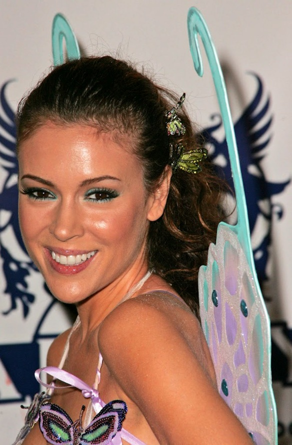 Alyssa Milano is cute as a butterfly