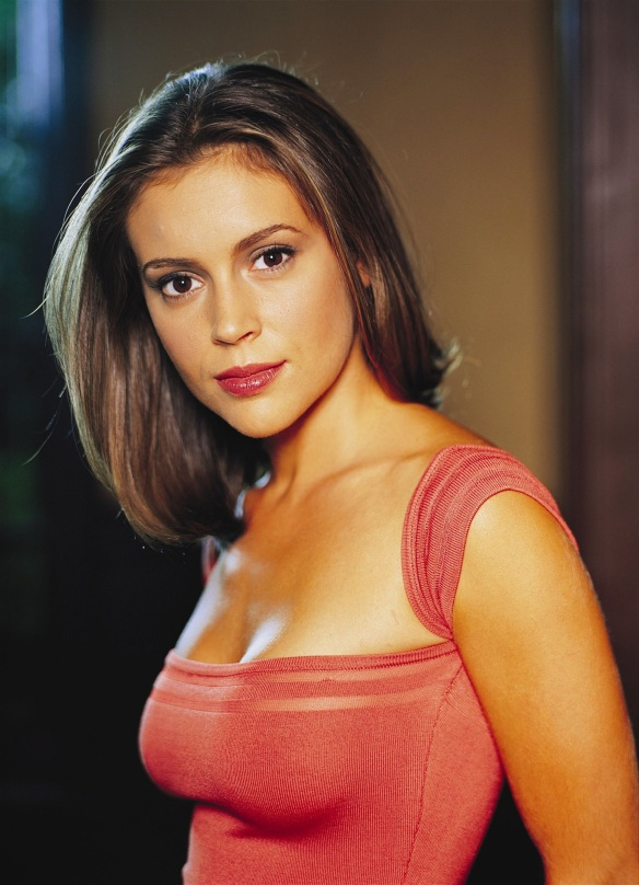 Alyssa Milano as Phoebe in Charmed