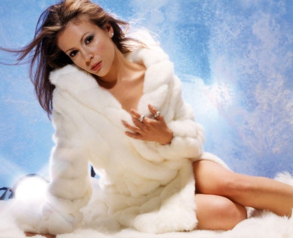 Alyssa Milano white fur