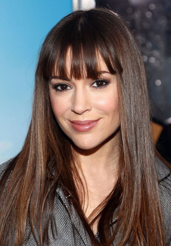 Alyssa Milano nice haircut