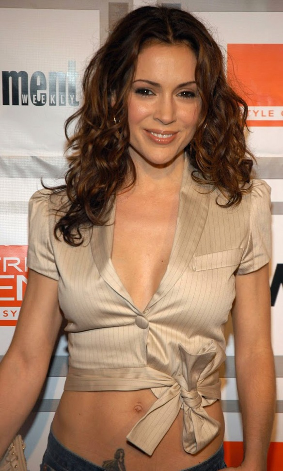 Alyssa Milano hot