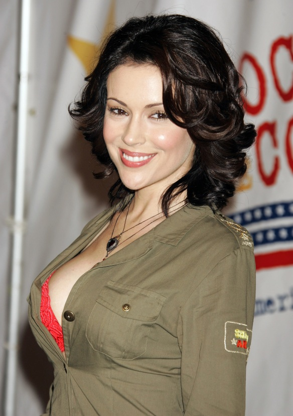 Alyssa Milano entertaining the US Marines Rockin the Corps