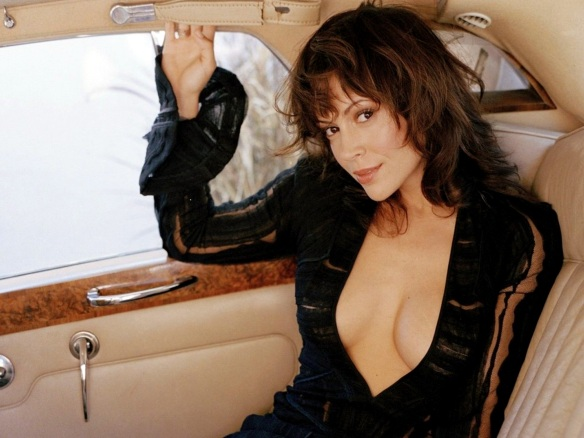 Alyssa Milano sexy car