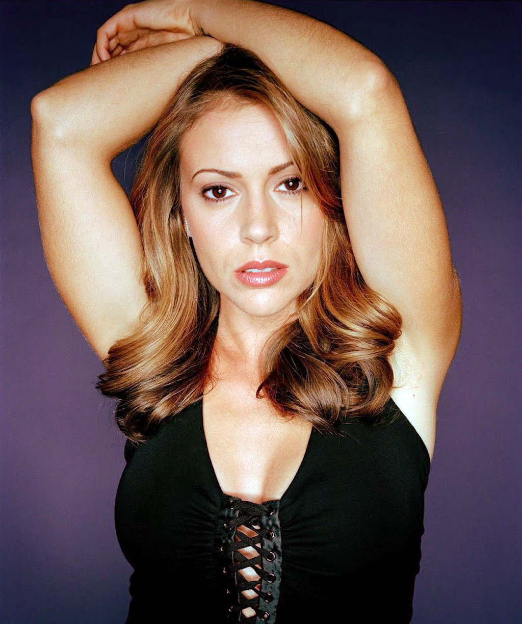 alyssa milano, the definitive gallery | dvdbash
