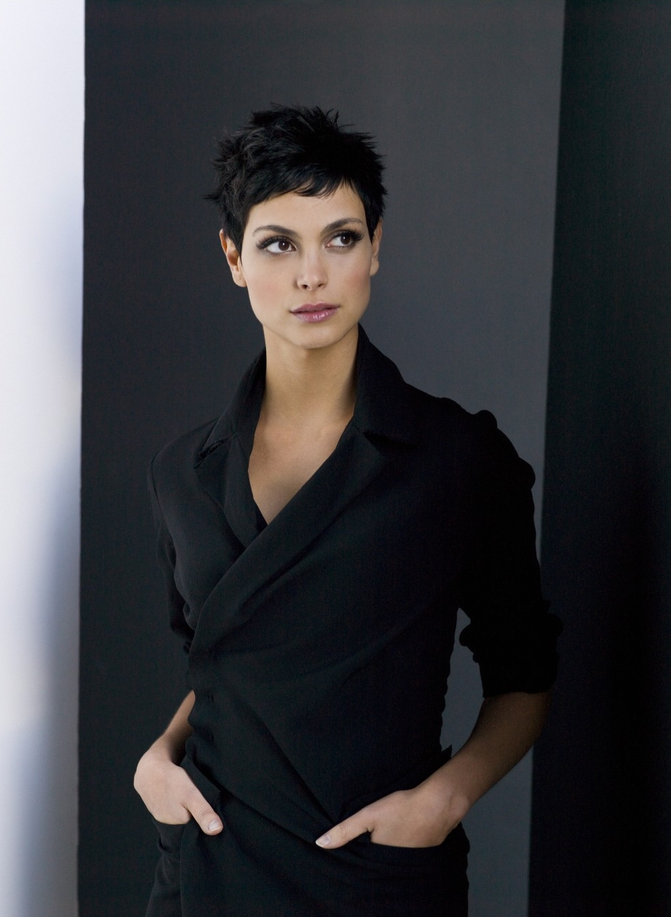 v haircut morena baccarin from firefly to homeland dvdbash 2009