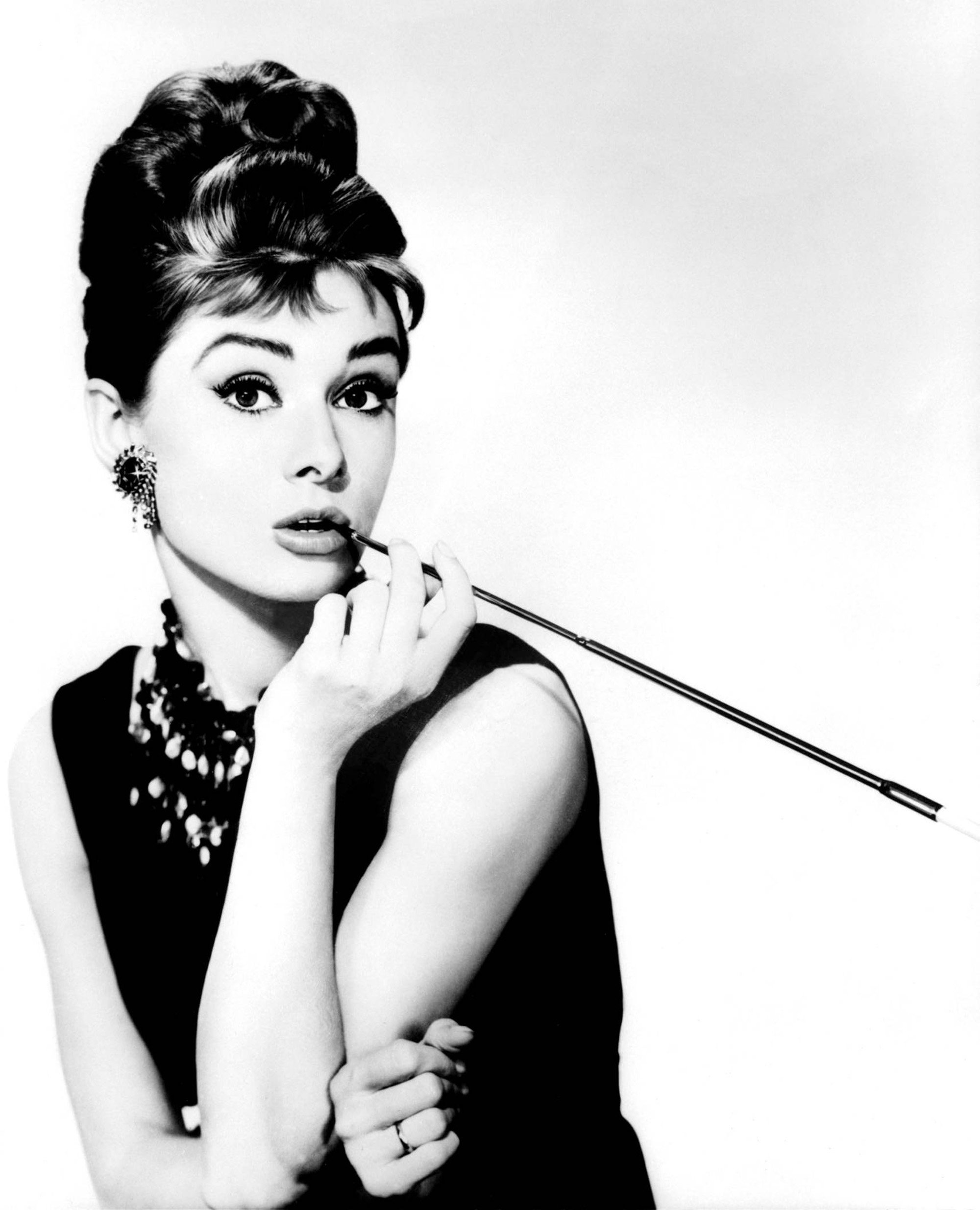 53c204f7d60 Published 1 January 2013 at 2000 × 2469 in Audrey Hepburn