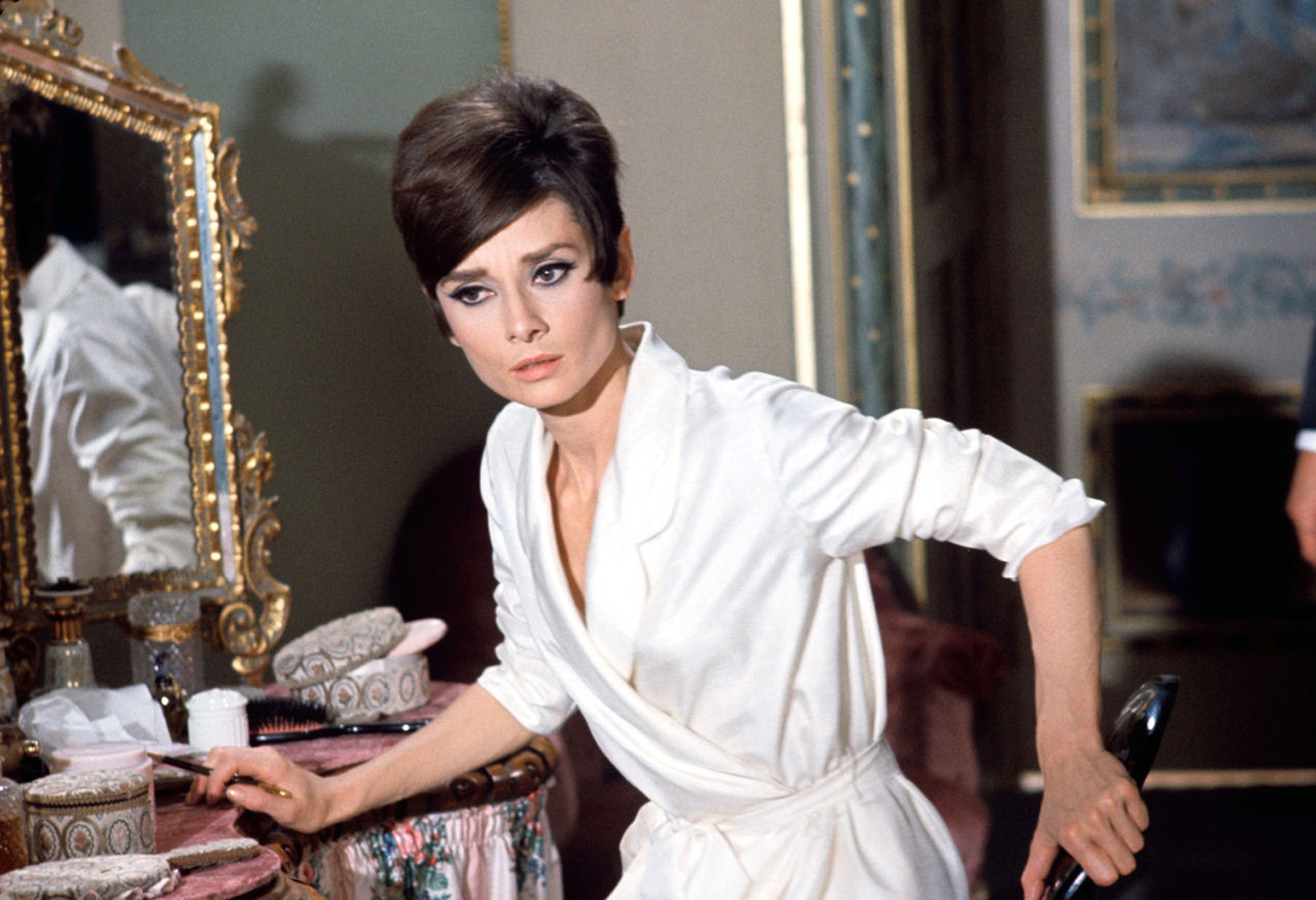 Audrey hepburn how to steal a million 1966 starring peter o toole