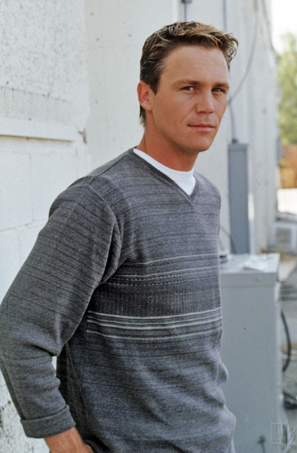Brian Krause as Leo Wyatt in Charmed TV Series - dvdbash.wordpress.com