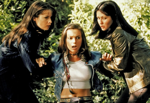Charmed-Milano-Combs-Doherty-McGowan-Cuoco-Halliwell-hot-girl-dvdbash-wordpress015