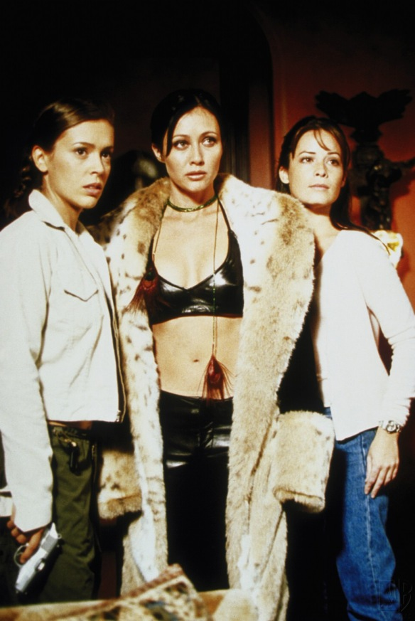 Charmed-Milano-Combs-Doherty-McGowan-Cuoco-Halliwell-hot-girl-dvdbash-wordpress018