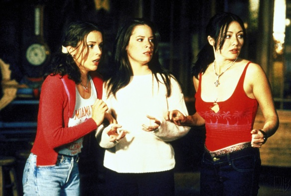 Charmed-Milano-Combs-Doherty-McGowan-Cuoco-Halliwell-hot-girl-dvdbash-wordpress026
