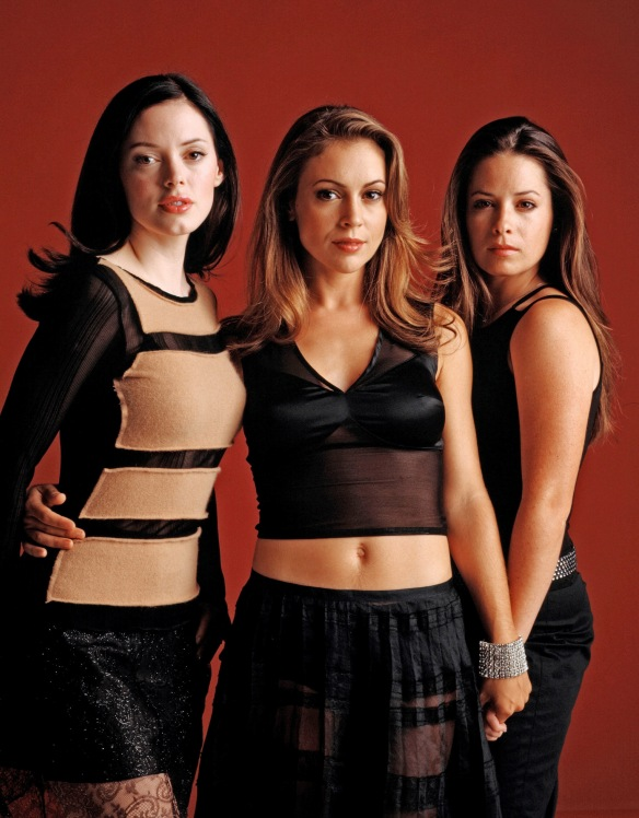 Charmed-Milano-Combs-Doherty-McGowan-Cuoco-Halliwell-hot-girl-dvdbash-wordpress032