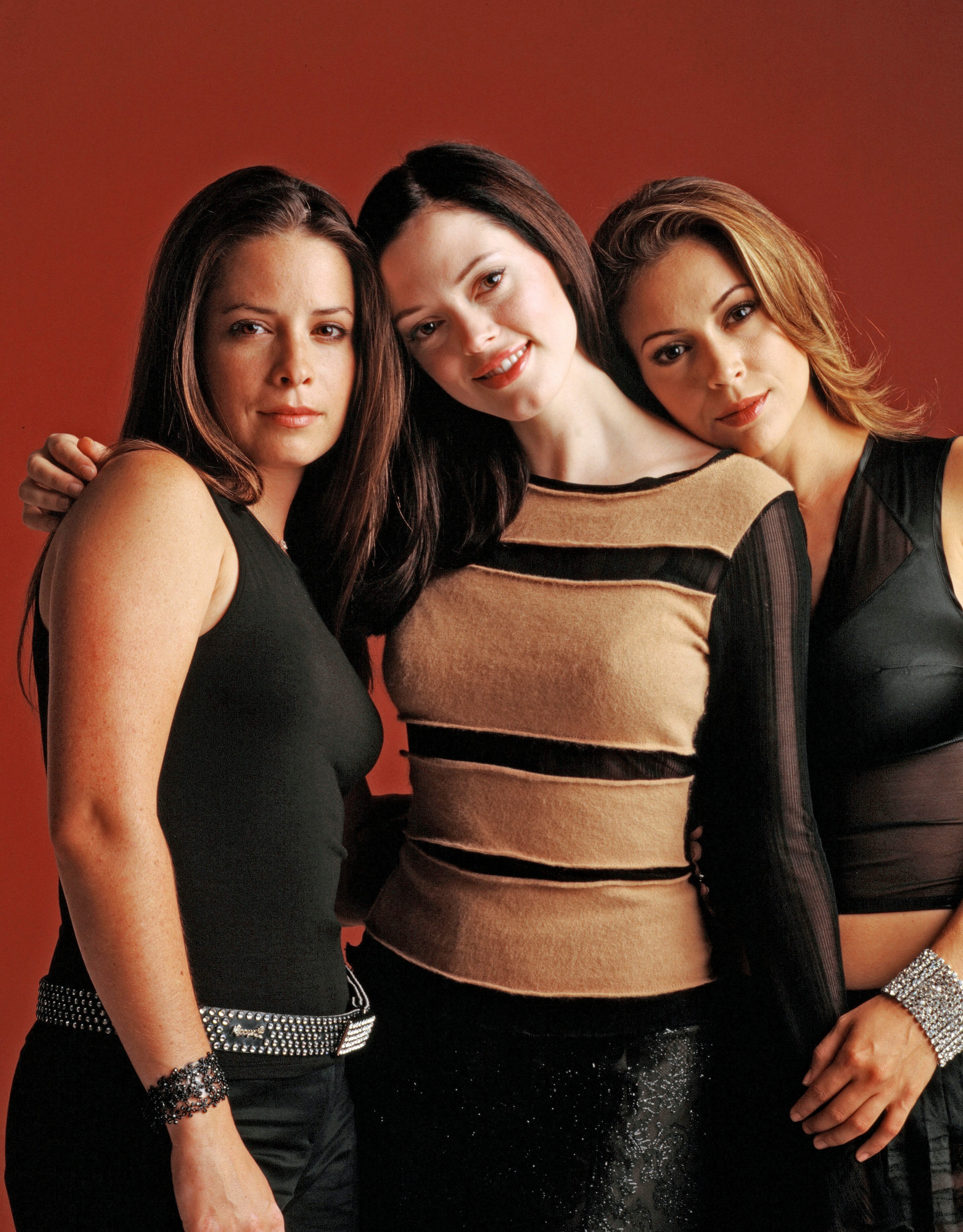 Charmed milano combs doherty mcgowan cuoco halliwell hot girl published 30 january 2013 at 2914 3727 in charmed altavistaventures Gallery