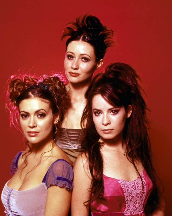 Charmed-Milano-Combs-Doherty-McGowan-Cuoco-Halliwell-hot-girl-dvdbash-wordpress041
