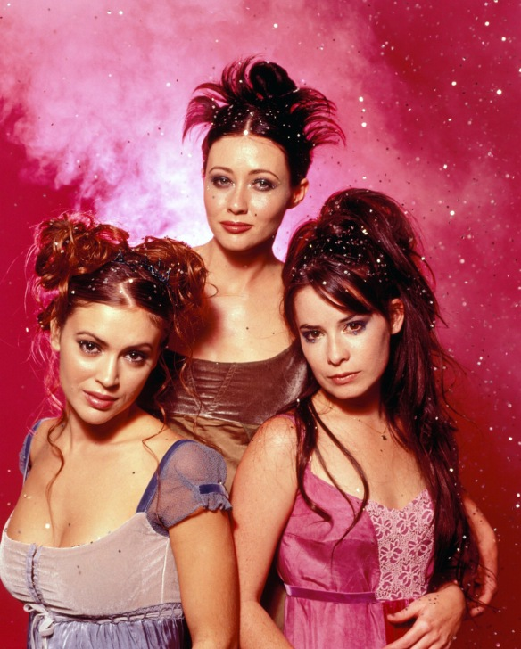 Charmed-Milano-Combs-Doherty-McGowan-Cuoco-Halliwell-hot-girl-dvdbash-wordpress042