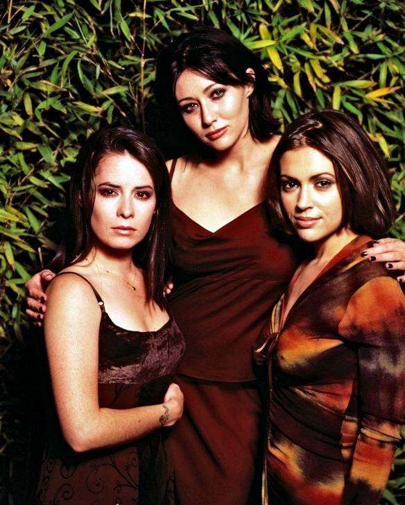 Charmed-Milano-Combs-Doherty-McGowan-Cuoco-Halliwell-hot-girl-dvdbash-wordpress047