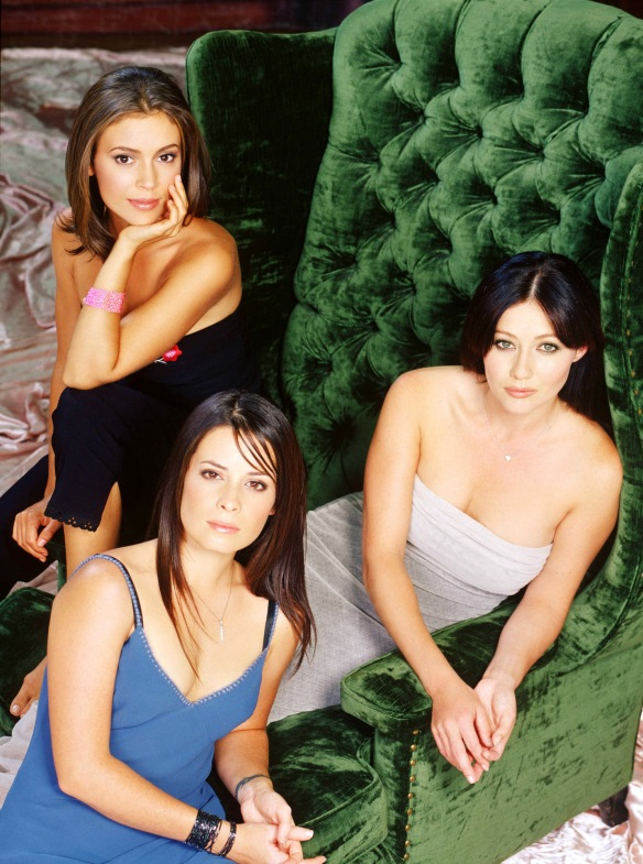 Charmed-Milano-Combs-Doherty-McGowan-Cuoco-Halliwell-hot-girl-dvdbash-wordpress076