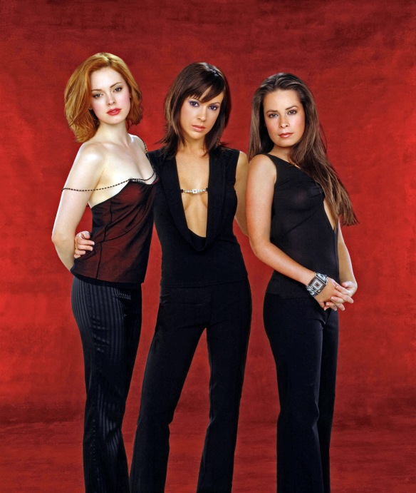 Charmed-Milano-Combs-Doherty-McGowan-Cuoco-Halliwell-hot-girl-dvdbash-wordpress079