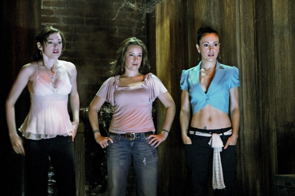 Charmed-Milano-Combs-Doherty-McGowan-Cuoco-Halliwell-hot-girl-dvdbash-wordpress091