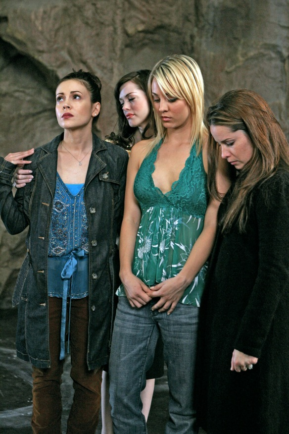 Charmed-Milano-Combs-Doherty-McGowan-Cuoco-Halliwell-hot-girl-dvdbash-wordpress106