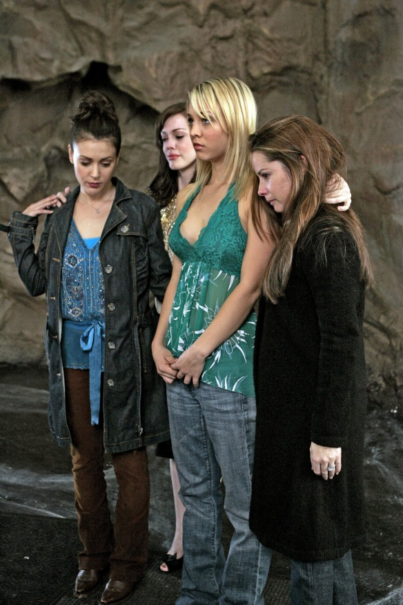 Charmed-Milano-Combs-Doherty-McGowan-Cuoco-Halliwell-hot-girl-dvdbash-wordpress107