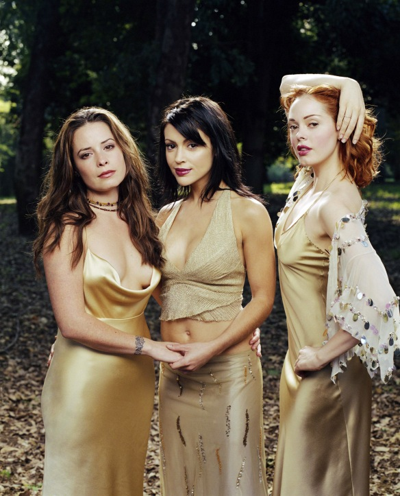 Charmed-Milano-Combs-Doherty-McGowan-Cuoco-Halliwell-hot-girl-dvdbash-wordpress129