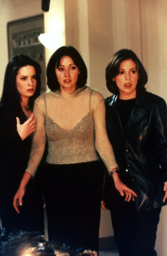Charmed-Milano-Combs-Doherty-McGowan-Cuoco-Halliwell-hot-girl-dvdbash-wordpress141