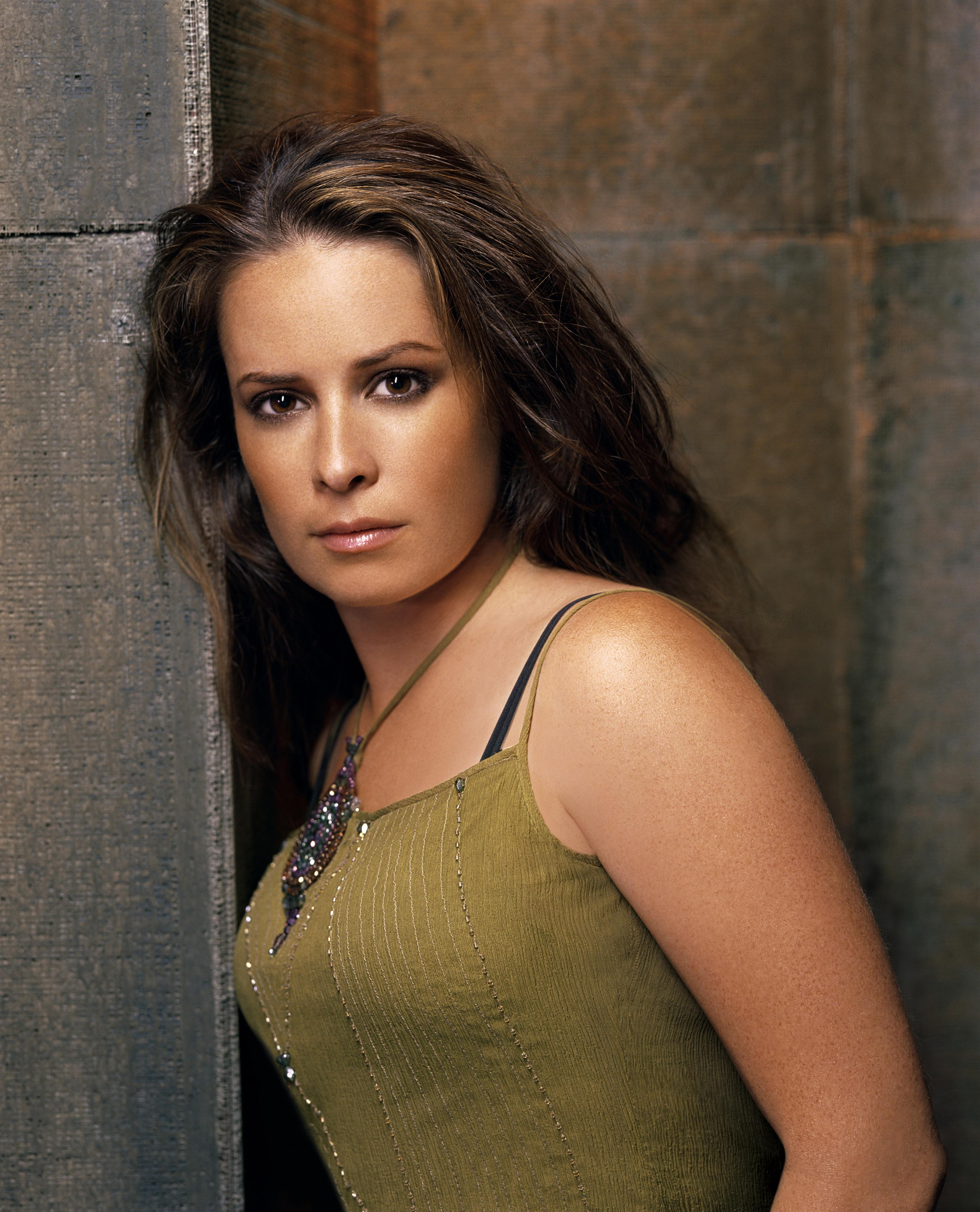 Charmed Piper Holly Marie Combs Hot Girl Dvdbash WordPress033 Dvdbash