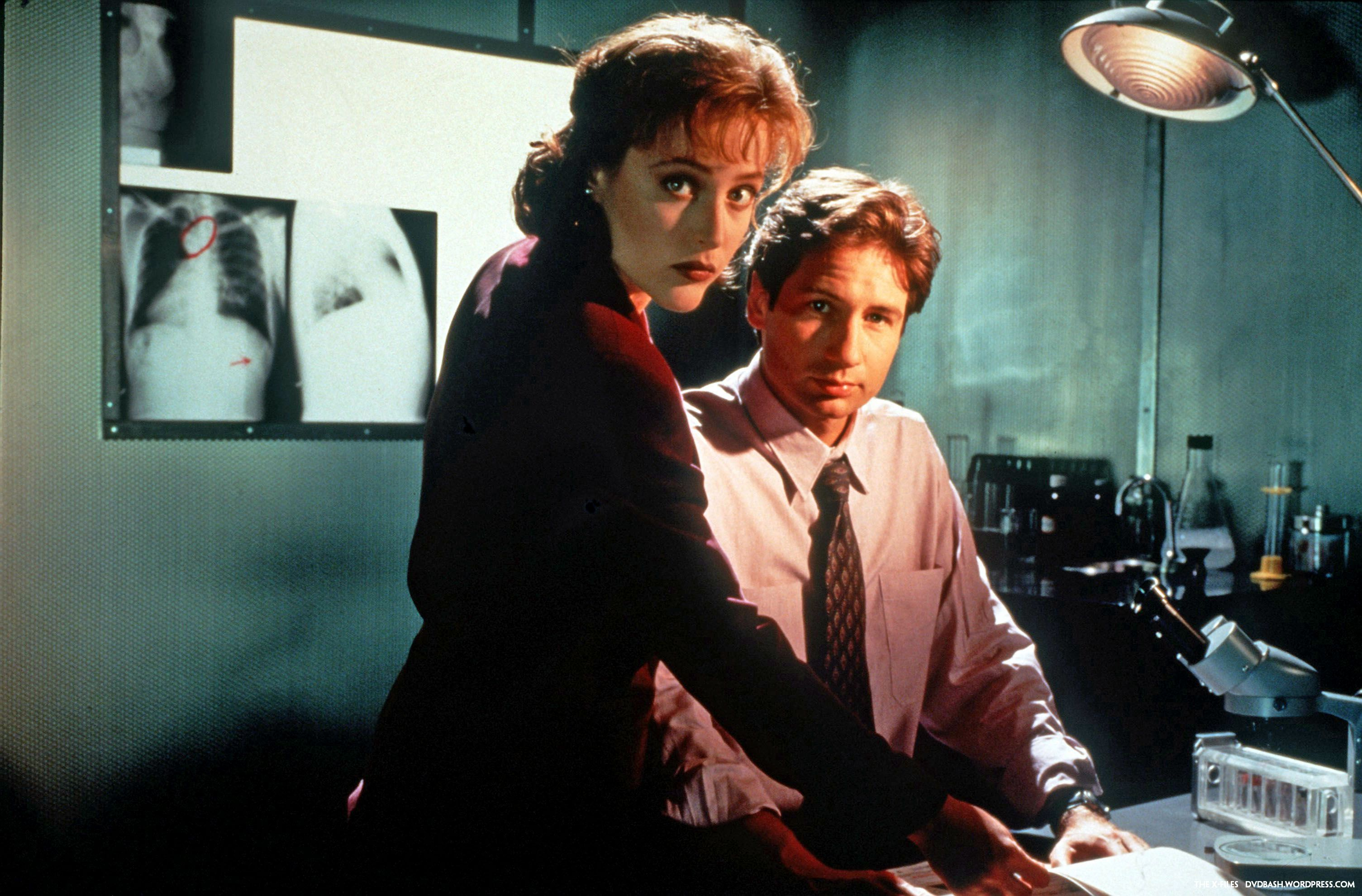 Amanda Tapping X Files the x-files gallery season 1 | dvdbash