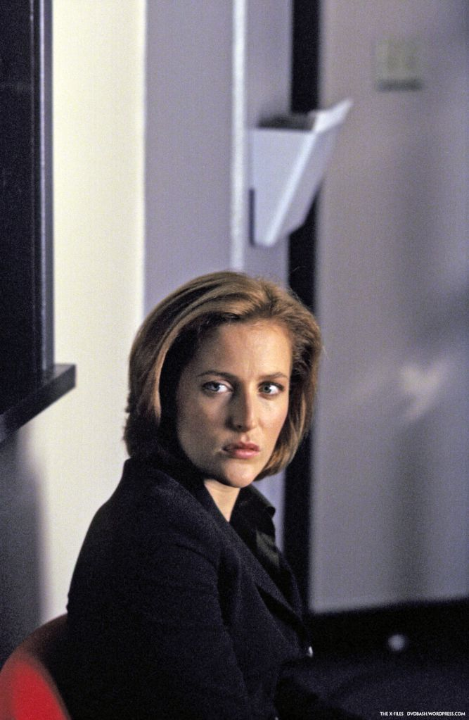 dana-scully-shower-topless
