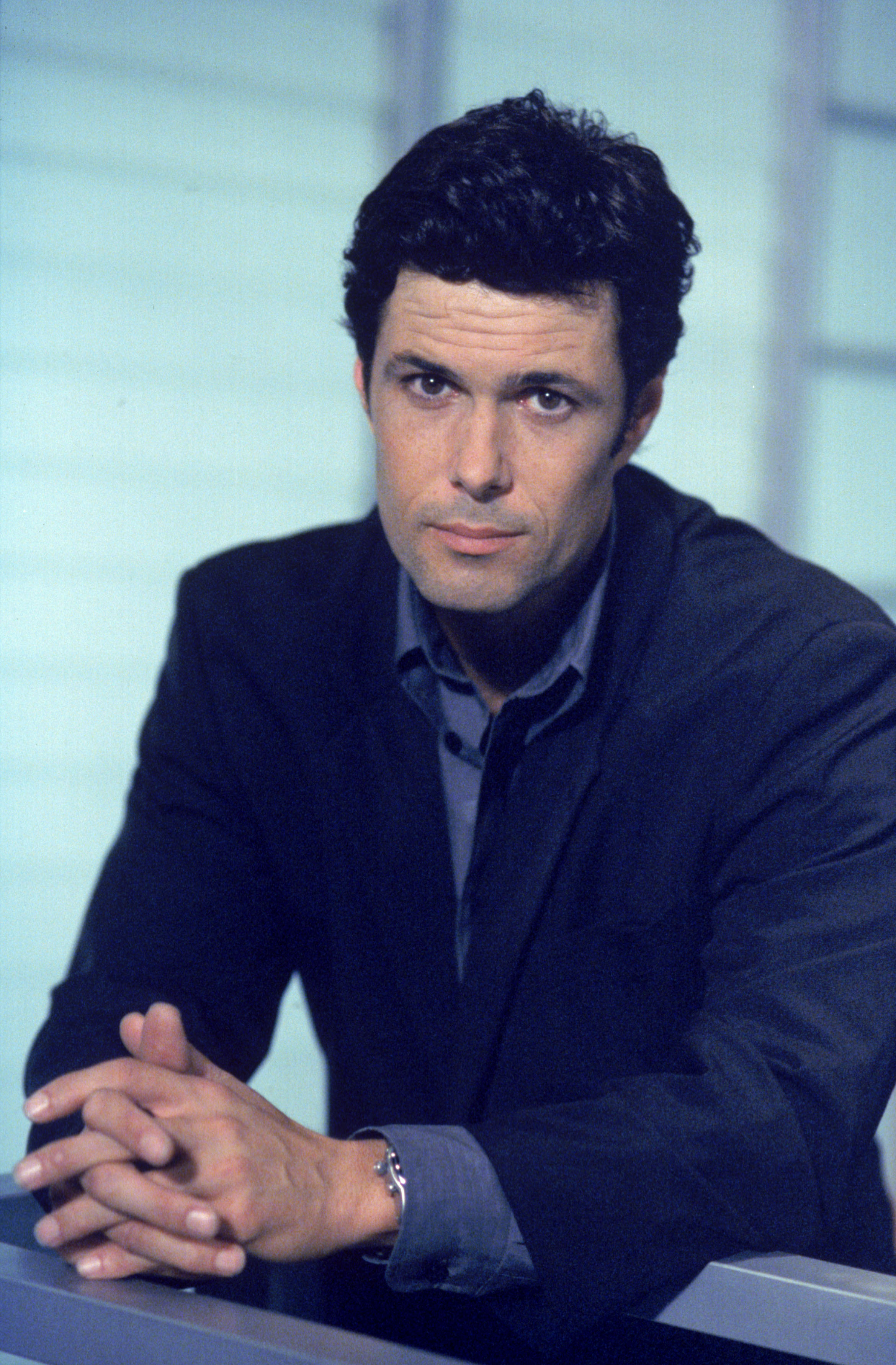 Carlos Bernard Wallpapers