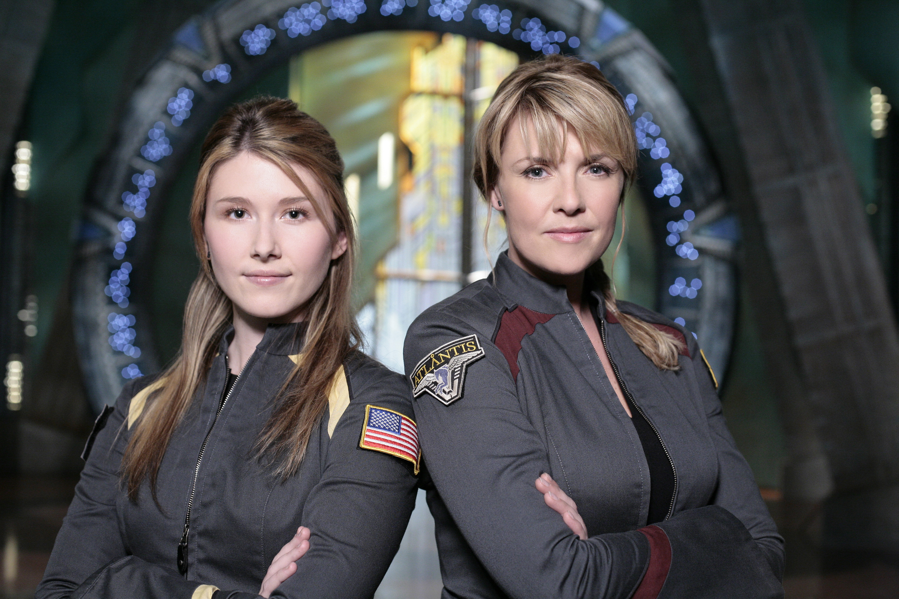Amanda Tapping X Files stargate-atlantis-s4-flanigan-hewlett-tapping-luttrell