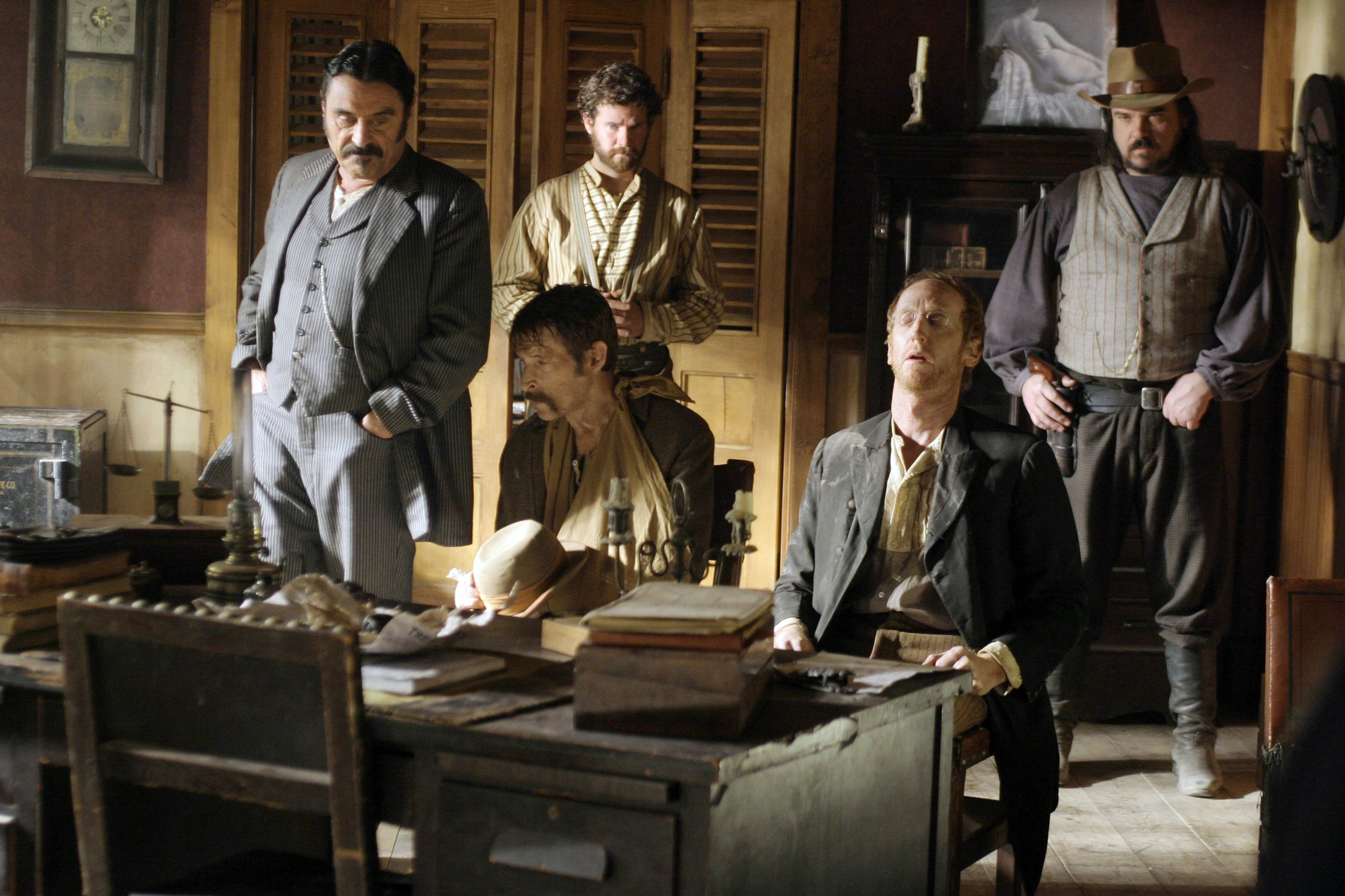 deadwood definitive photo gallery 03 season 1 episodes 9