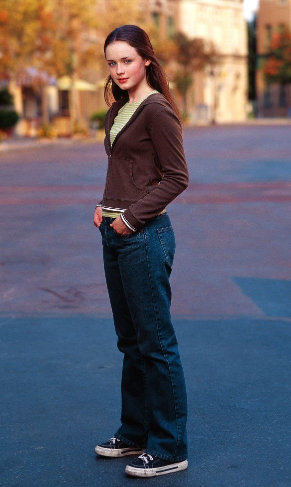 gilmore girls 2014 gallery 04 lauren graham as lorelai and