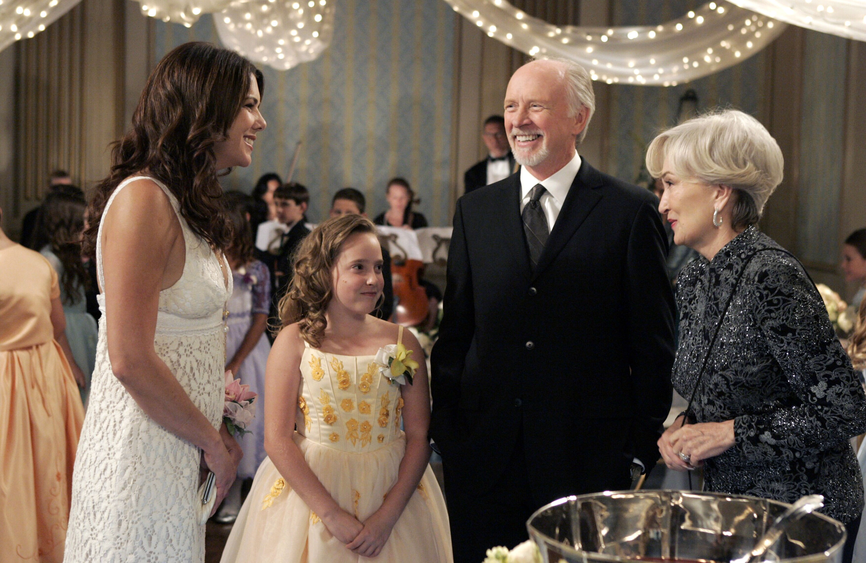 Gilmore Girls 2014 Gallery 10 Life In Stars Hollow