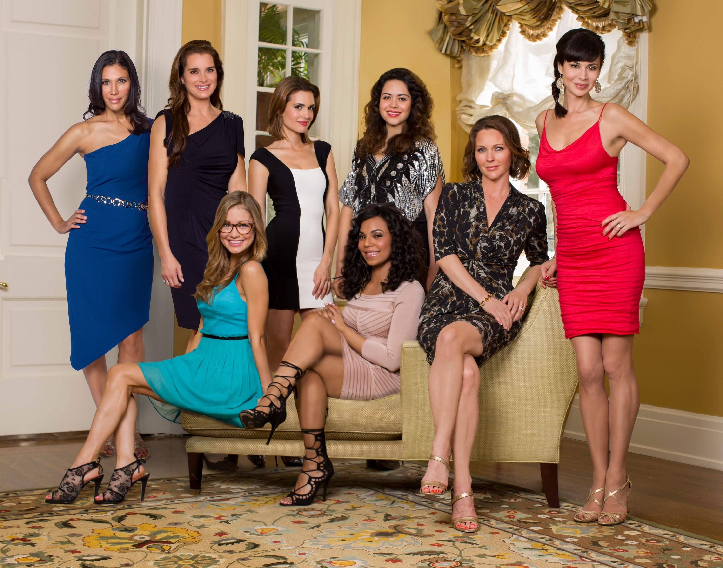 19 february 2014 at 3000 215 2357 in army wives tv series cast photos
