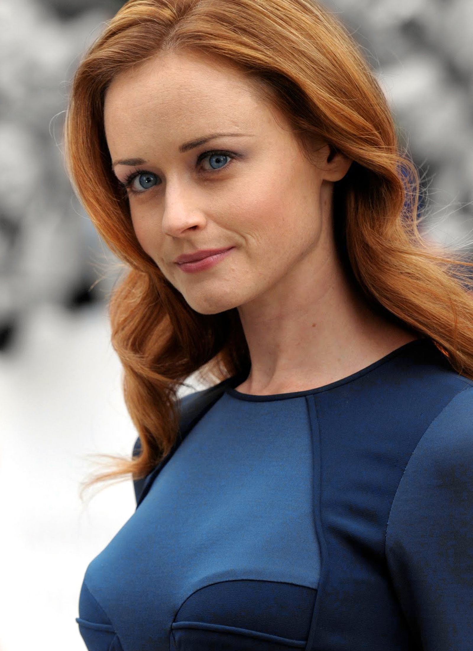 Gilmore Girls 2014 Gallery 15 Charming Alexis Bledel  Dvdbash-7515