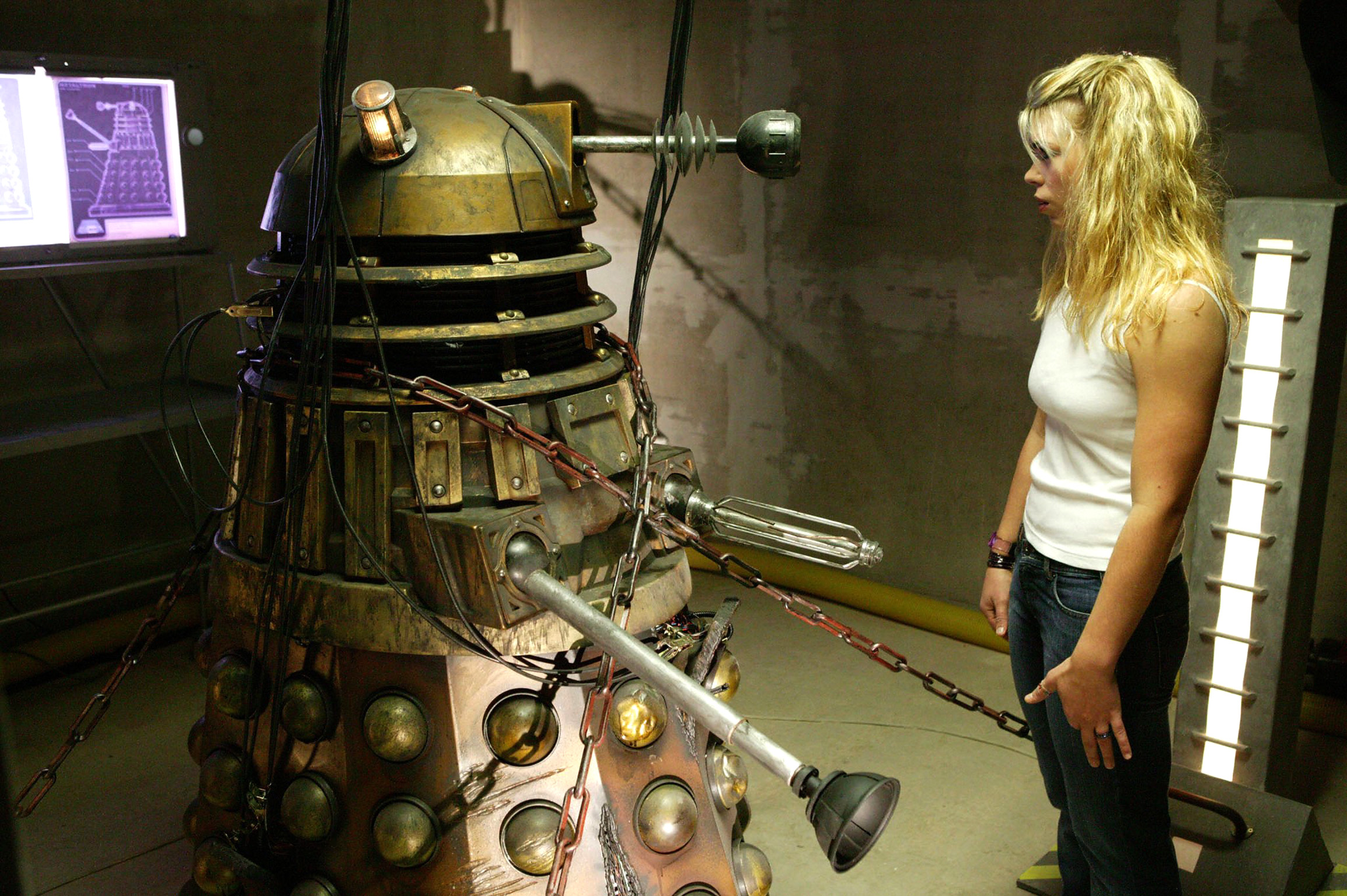 Doctor who tv series 1 story 161 dalek episode 6 dvdbash - Doctor who dalek pics ...