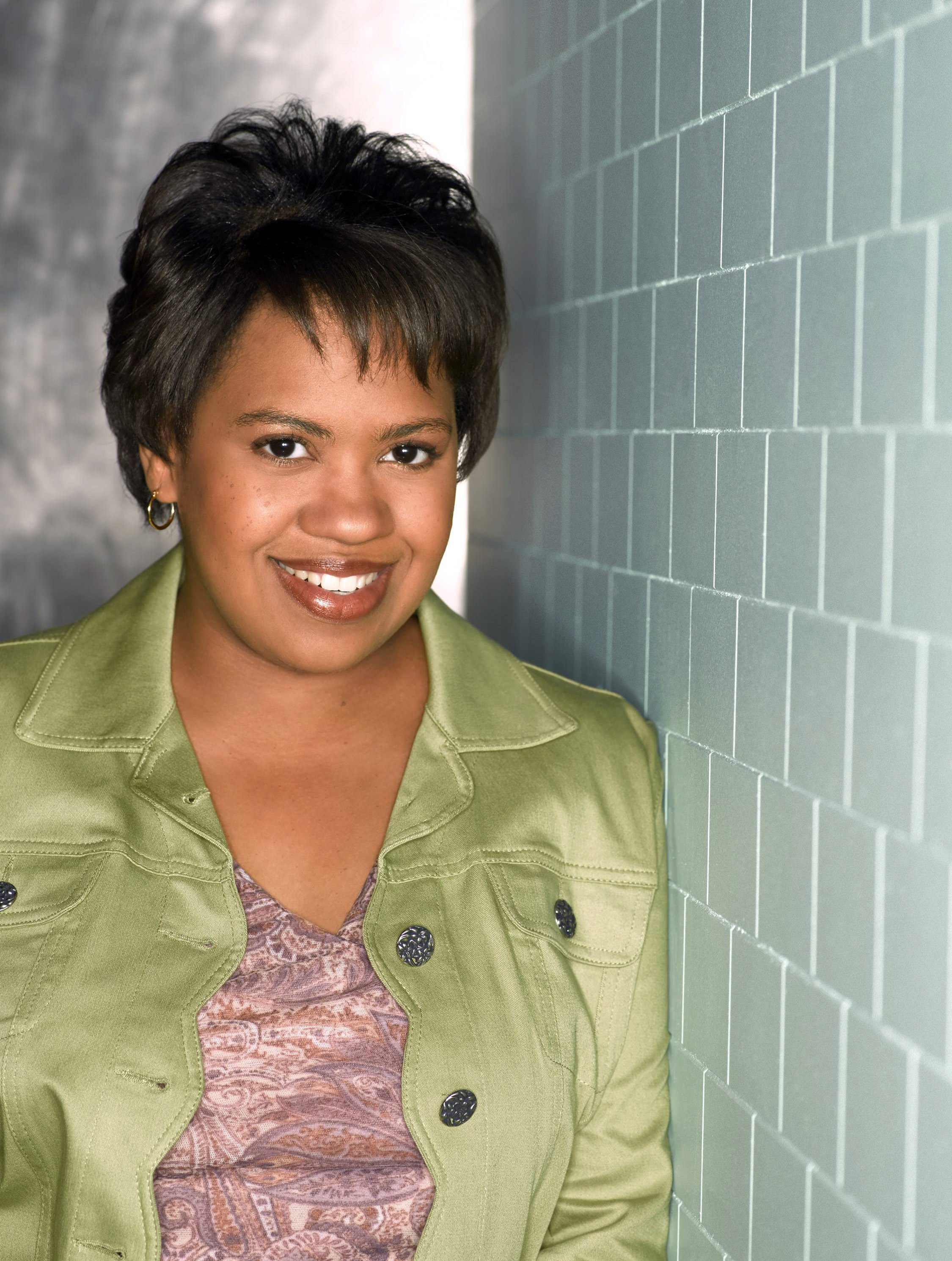 Greys Anatomy S04 Chandra Wilson 5 Dvdbash Dvdbash