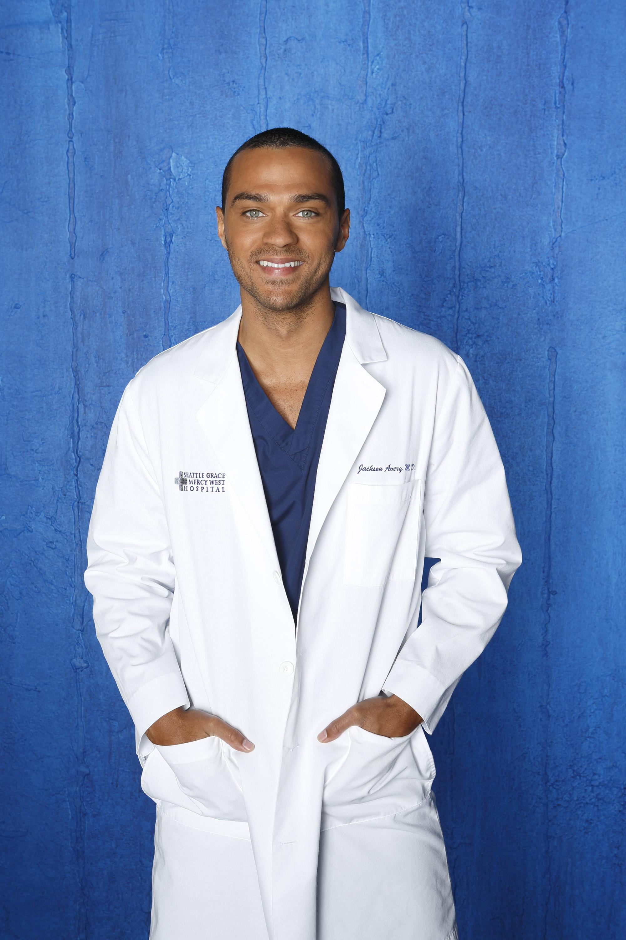 Greys-Anatomy-S09-Jesse-Williams-5-dvdbash | DVDbash
