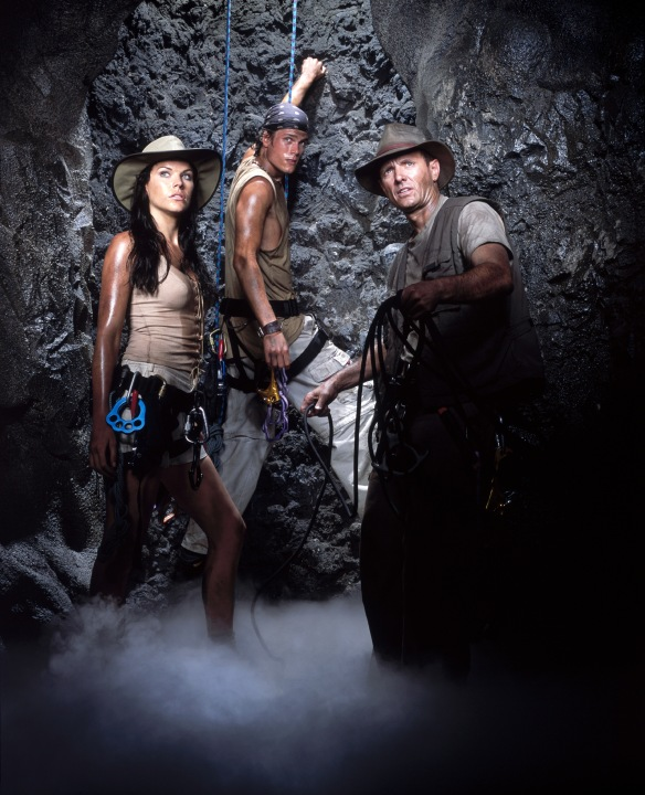 Adventure Inc. TV Series (2002-2003) starring Michael Biehn, Karen Cliche and Jesse Nilsson - dvdbash.com
